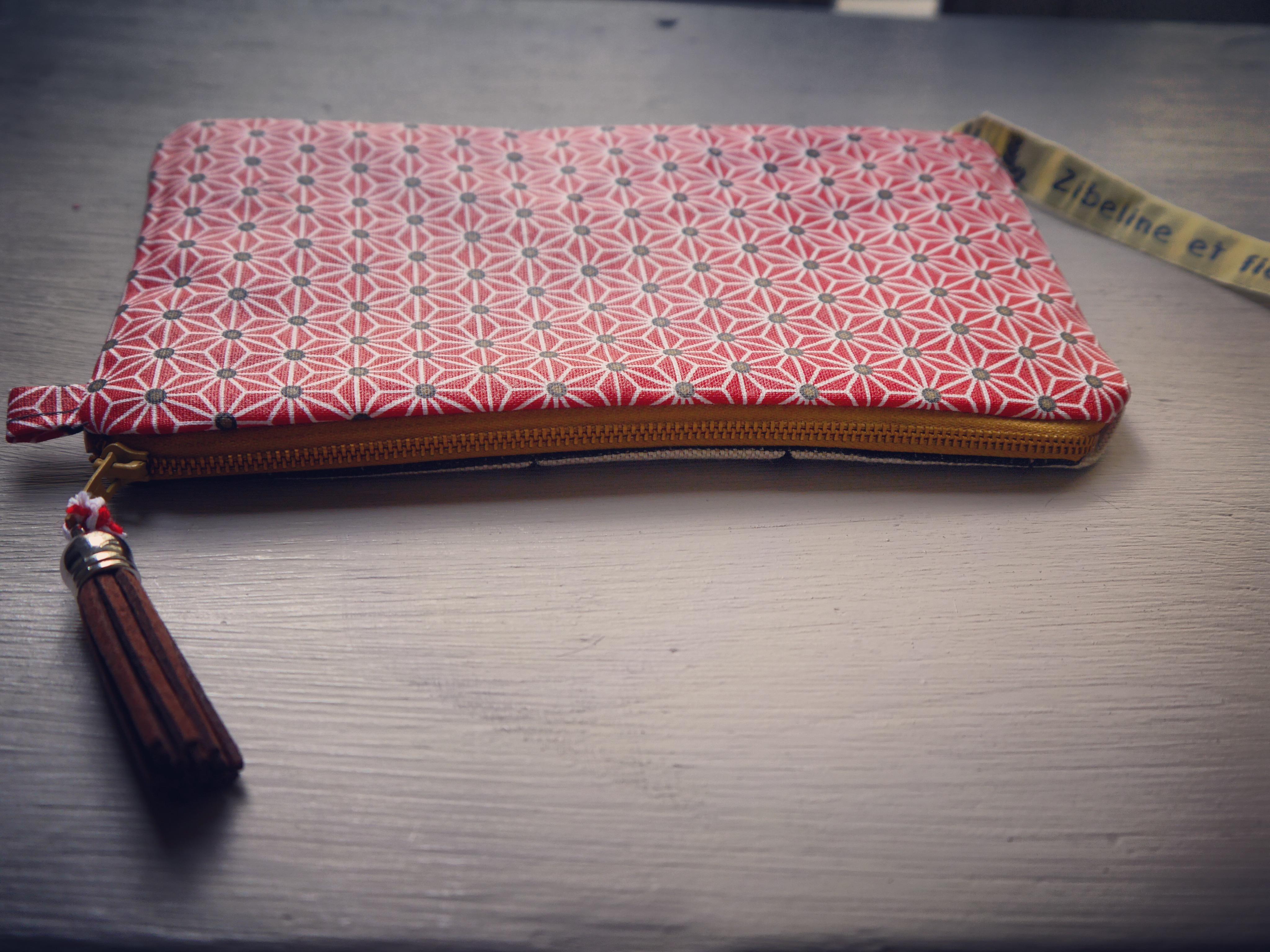 Trousse coton enduit tissu géométrique recto verso