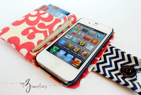 etui-iphone-trou